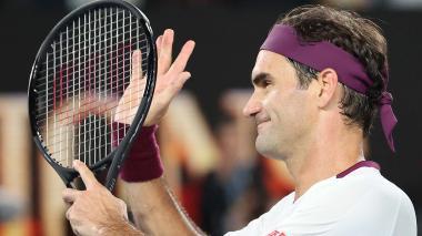 Federer pierde un set ante Fucsovics pero avanza a cuartos en Australia