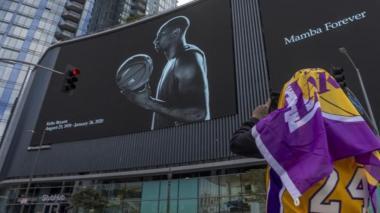 NBA pospone el juego del martes de los Lakers por muerte de Kobe Bryant