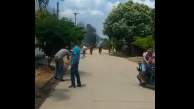 Carro con explosivos explota cerca a batallón del Ejército en Arauca