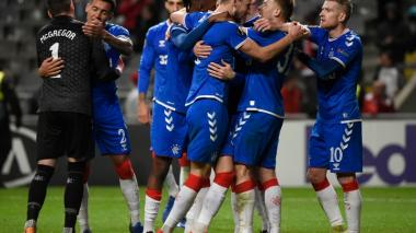 Los jugadores del Glasgow Rangers celebran el gol de la victoria ante el Sporting de Braga.