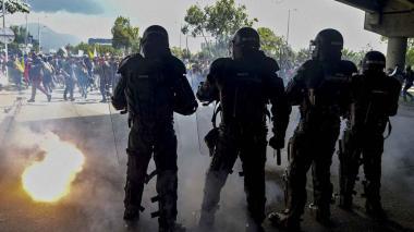Escuadrón del Esmad frente a una protesta en el país.