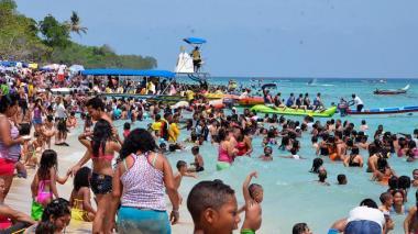 """""""Vamos a acatar la orden, no se puede pernoctar en Playa Blanca"""": Alcaldía de Cartagena"""