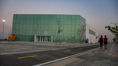 Aspecto del Pabellón de Cristal en el Gran Malecón. Este recinto acogerá la inauguración de la Asamblea del BID.
