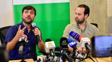 El alcalde de Barranquilla, Jaime Pumarejo, y el secretario de Desarrollo Económico, Ricardo Plata.