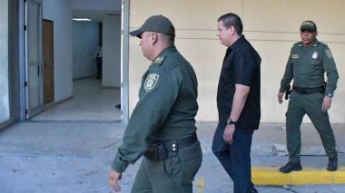 Juez ordena dos días de arresto contra fiscal del caso 'Los Intocables'