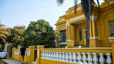 Fachada de una casona patrimonial en el barrio El Prado.