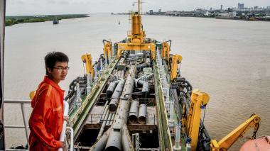 Portuarios piden acelerar contratación del dragado para el canal de acceso