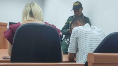 """""""Él la manipuló para que no lo denunciara"""": Fiscalía sobre hombre señalado de quemar a su mujer"""