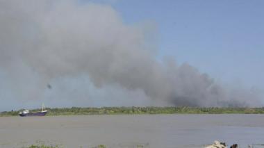 Convocan en Barranquilla al Ministro de Ambiente por quemas en Isla Salamanca