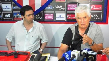 """Antonio Char dice que """"no sería prudente"""" que Julio Comesaña saliera de Junior"""
