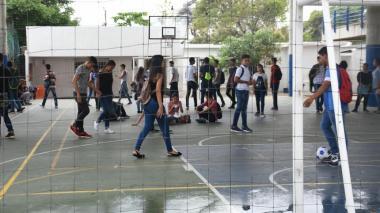 Distrito adelanta receso escolar para colegios público por coronavirus