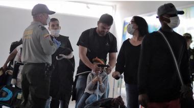 """""""Extranjeros estaban llegando a Cartagena en vuelos nacionales sin control, por Covid-19"""""""