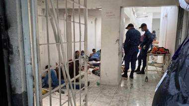 Uno de los motines más violentos se registró en la Cárcel Modelo de Bogotá en la noche del sábado.