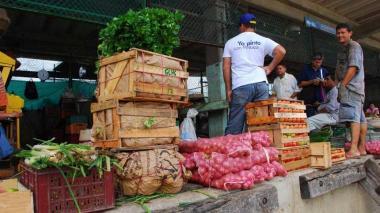 Centrales mayoristas del país reportan suministro de alimentos con normalidad