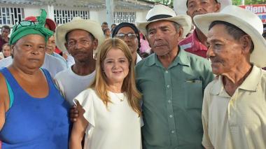 Gobernadora insta a que terceros cobren subsidio de Colombia Mayor