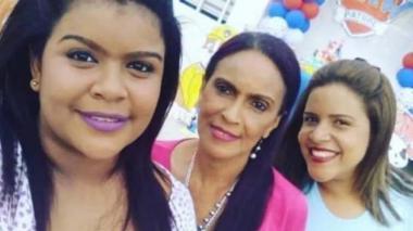 Las hermanas Loliluz Madero Guerrero y Ellyn Madero Guerrero y su madre Edenis Guerrero, asesinadas a bala en Cartagena el 25 de marzo pasado.