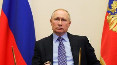 Putin da un mes de vacaciones y con sueldo pago a todo el país