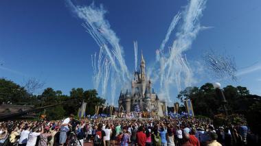 Disney World suspende sin sueldo a unos 43.000 trabajadores por la COVID- 19