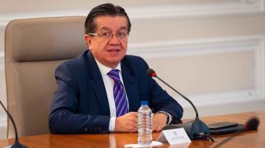 Ministro de Salud Fernando Ruiz.