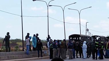 Tres buses con venezolanos procedentes de otras ciudades de la Costa llegaron a Paraguachón