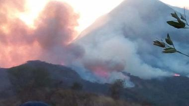 Dos incendios están acabando con la serranía del Perijá en la jurisdicción de La Guajira