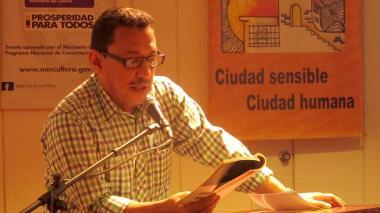 El escritor Joaquín Mattos Omar abre curso virtual de redacción