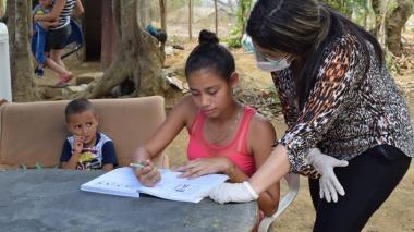 En zona rural de Galapa se entregaron textos escolares