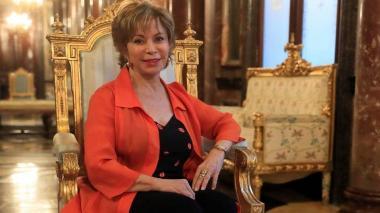 La escritora Isabel Allende