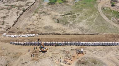 15.000 familias rurales de Plato se benefician con obras de taponamiento en Terrón Seco