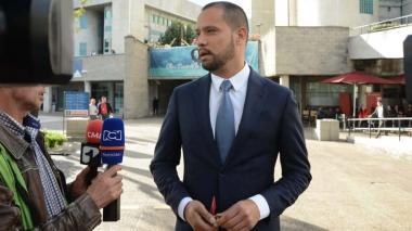 Iván Cepeda pide que audiencia contra Diego Cadena se haga de forma virtual