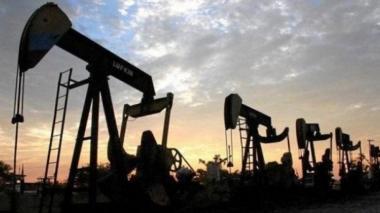 El petróleo Brent repunta un 2,60% este martes