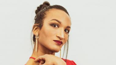 Mujer trans denuncia discriminación por pico y género en Bogotá