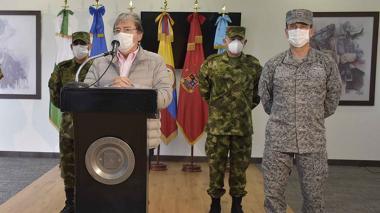 Mindefensa aparta del cargo a 11 oficiales de Ejército