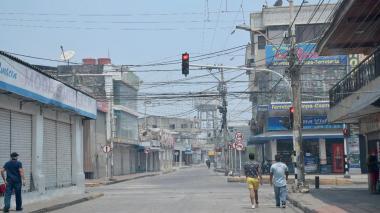 La calles vacías fue el panorama que se observó la mañana de este sábado en Soledad.