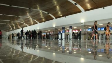Aeropuerto de Cartagena debe ser incluido en reapertura gradual: gremios
