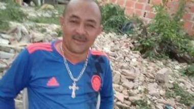 Lo asesinan en la puerta de su casa en El Bosque