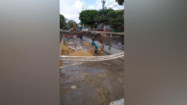 Trabajos de canalización generan molestias en vecinos del barrio La Victoria
