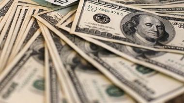 Precio promedio del dólar de este jueves es de $3.931