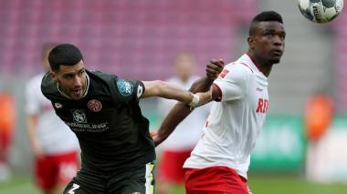 El Colonia de Jhon Córdoba igualó 2-2 ante el Mainz