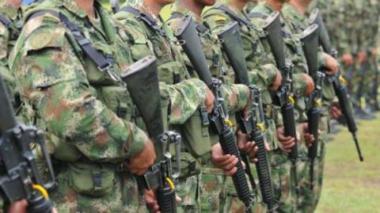 Denuncian que oficiales del Ejército vendieron armas a narcos y disidencias de las Farc