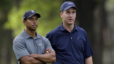 Tiger Woods y Peyton Manning serán aliados en este evento benéfico.