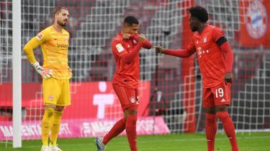 El Bayern se venga del Eintracht (5-2) liderado por Müller