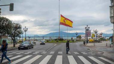España declara luto oficial mientras continúa el desconfinamiento gradual
