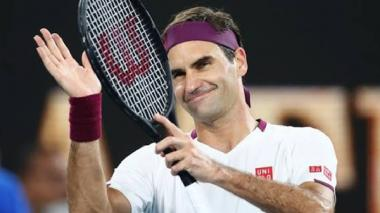 Roger Federer sonriente luego de un partido.