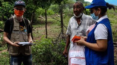 Excombatientes de las Farc donan cuatro mil tapabocas en La Guajira