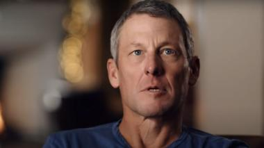 """""""Desearía poder cambiar lo que sucedió y ser un mejor hombre"""": Armstrong"""
