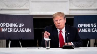 Trump critica al gobernador por dejar a Nueva York hecha pedazos tras los saqueos