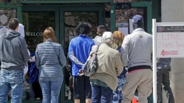 Más de 1,8 millones pidieron ayuda de desempleo la semana pasada en EEUU