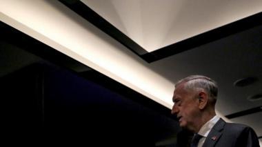 """Exjefe del Pentágono acusa a Trump de abuso de autoridad y de """"dividir"""" EEUU"""