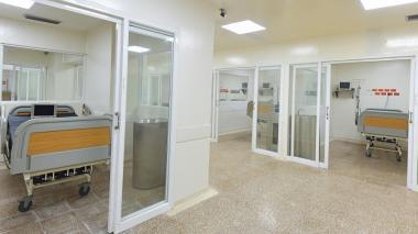 Aspecto de una Unidad de Cuidados Intensivos del Hospital Universitario Cari, en el Atlántico.